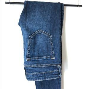Women's Gap blue jeans